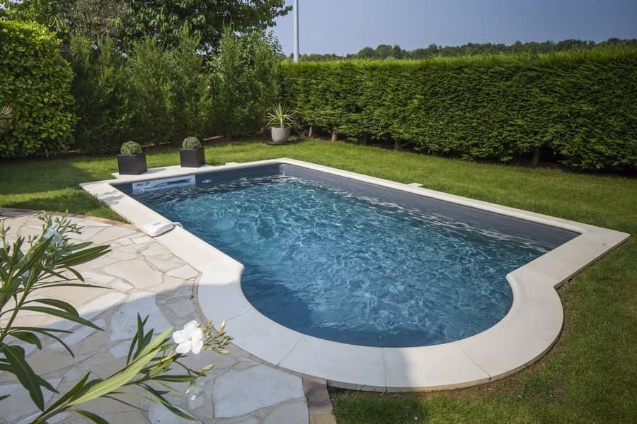 Aký je najvhodnejší vonkajší bazén pre malú záhradu